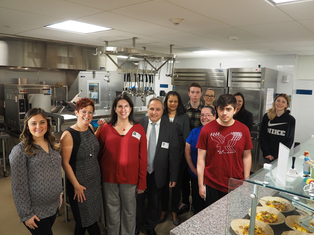 Culinary Teacher Kasey Carta, Nutrition Director Jen Bove, Students and USDA & Dept of Ed Visitors